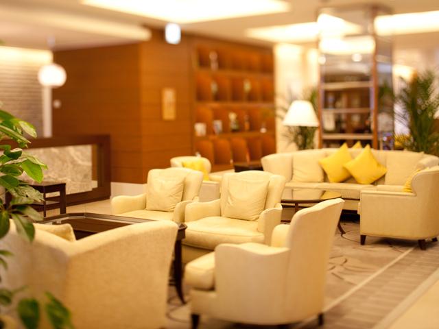 ホテル北野プラザ六甲荘 ロビー