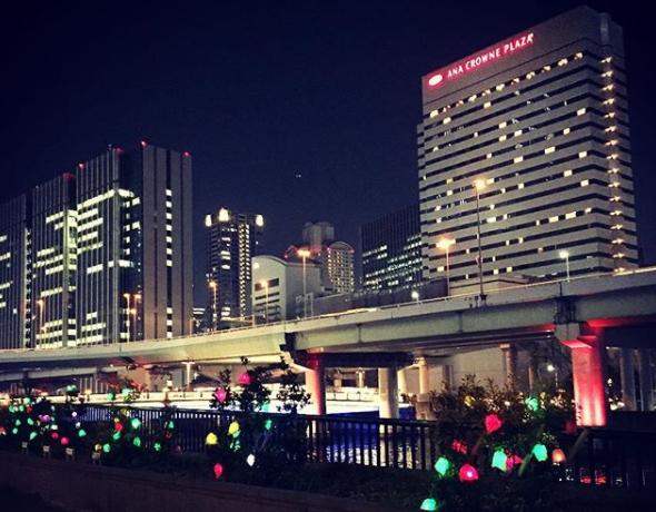 ANAクラウンプラザホテル大阪 外観 夜